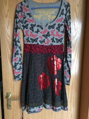 Desigual Kleid Gr. M grau schwarz mit Schmetterlingen wenig getragen