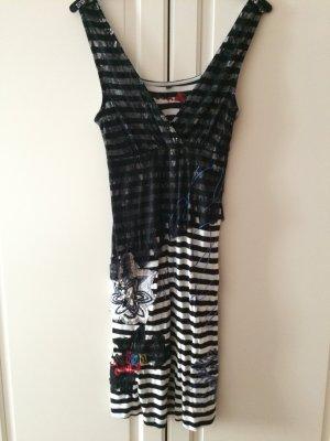 Desigual Kleid im Punkrock Look