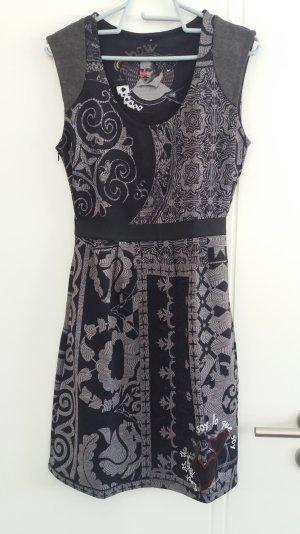 Desigual Kleid, Neu ohne Etikett