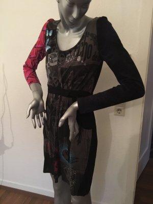 Desigual Kleid schwarz mit pink Gr. M