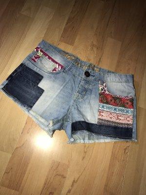 Desigual Shorts