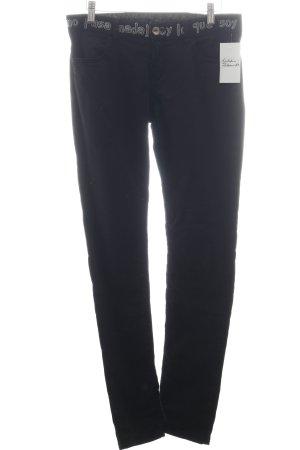 Desigual Skinny Jeans schwarz Street-Fashion-Look
