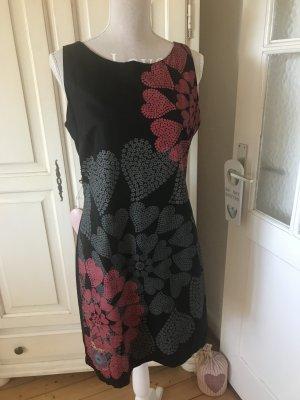 Desigual Sommerkleid mit Herzen 129€