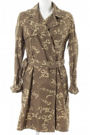 Desigual Trenchcoat ocker-limettengelb Inside-Out-Druck Street-Fashion-Look