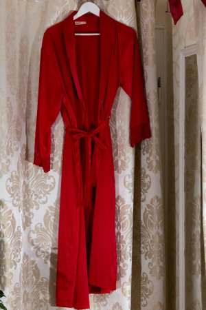 Dressing Gown brick red polyester