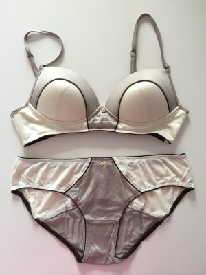 Wundervoll Lingerieset wolwit-taupe