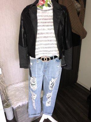 Destroyed Boyfriend Jeans 28/32