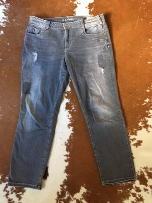 Destroyed Jeans grau