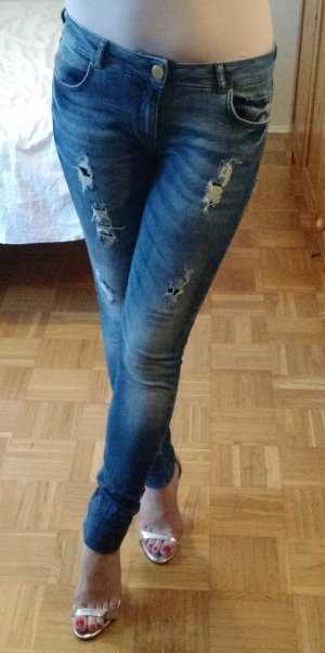 Destroyed Jeans Review Gr. 27 / 32 skinny slim hellblau röhre löcher must have