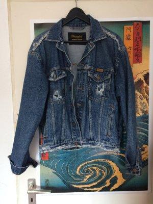 Destroyed jeansjacke ausgefranst mit löchern