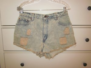 Destroyed Levi's Jeans Short by Urban Renewal