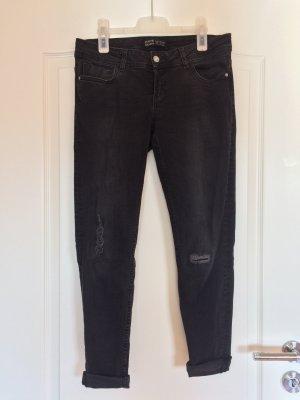 destroyed skinny Jeans, schwarz, Zara