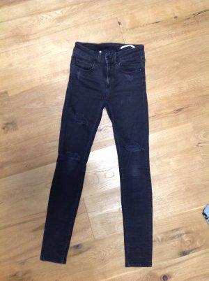 Destroyed ZARA Jeans Gr. 34