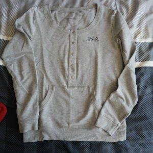 Details zu  Strenesse Pulli Shirt grau mit Stickerei Fußball Gr. S