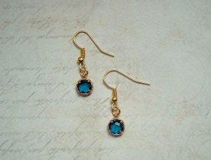 Dezente Ohrringe Gold Blau
