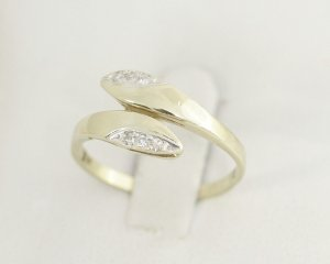 Diamant Goldring 333 Gold mit 6 Diamanten 333er Gelbgold Ring Modern Art Vintage