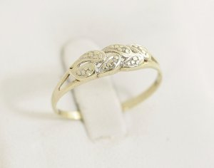 Diamant Goldring 333er Gold mit 2 Diamanten 333er Punze Gelbgold Ring 333 Modern Art Vintage