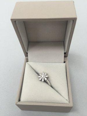 Diamantring Blume von Christ ähnlich Victoria wie Neu (€1099)