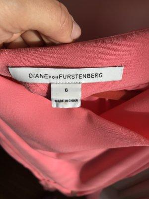 Diane von Fürstenberg , Kleid fast neue