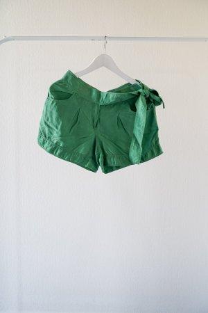 DIANE VON FURSTENBERG – Kurze Seidenhose grün – Größe 34/36