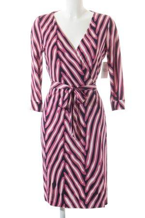 Diane von Furstenberg Wraparound abstract pattern casual look