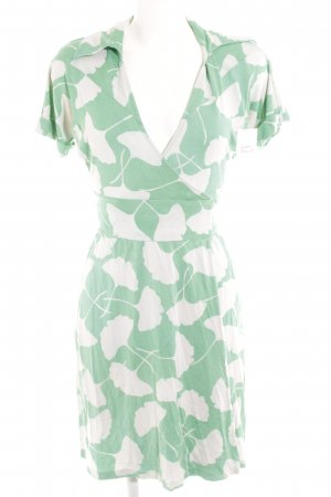 Diane von Furstenberg Wraparound green-white allover print casual look