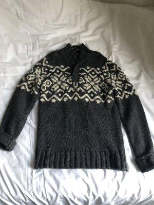 Dicker Norweger Pullover Strick langer Pulli Oversize grau weiß beige Muster höher Rollkragen Kragen Knopfleiste Winter Kuschel