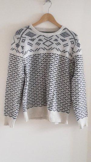 Dicker Pullover in Oversize
