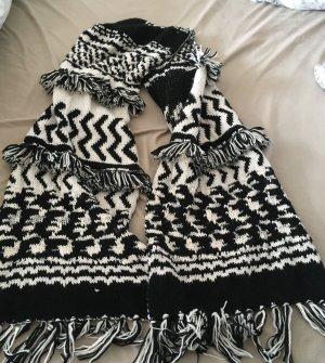 Dicker Schal gestrickt