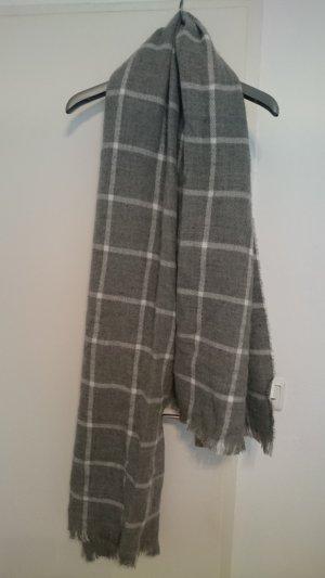Dicker Schal von Pimkie, grau/weiß, ungetragen