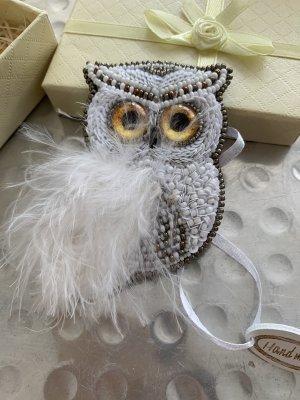 Brooch white-silver-colored