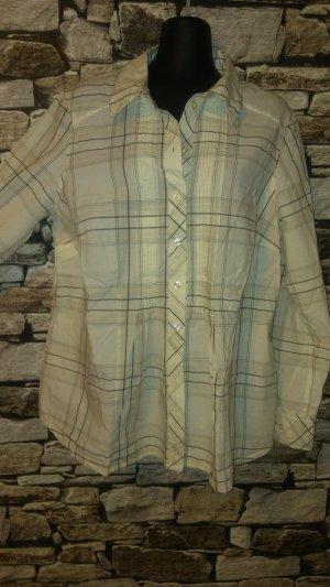 Die gewebte Karo-Struktur verleiht dieser Bluse von H&M BB