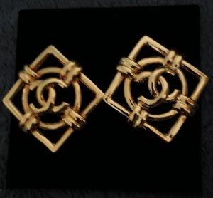 Chanel Clip d'oreille doré métal