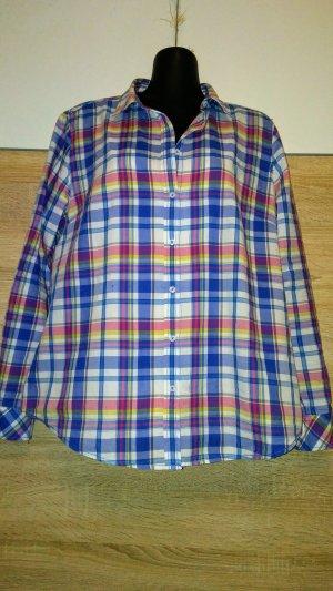 Die karierte Bluse von Christian Berg Women ist aus  Baumwolle gefertigt