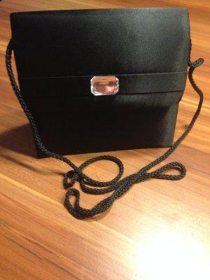 Die kleine Schwarze Tasche