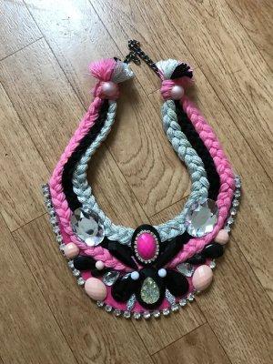 Die neue Halskette, one size
