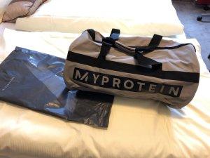 Die perfekte Sporttasche von Myprotein NEU Reisetasche weekender OVP
