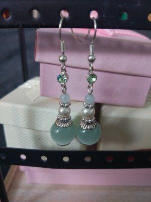 Die romantischen Ohrringe