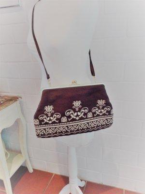 Die Spiegelburg Collection Tasche Wiesn romantisch bestickt Winterliebe