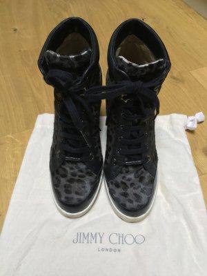 Diese high top  Sneaker von Jimmy Choo sind gemütlich, elegant und sportlich!