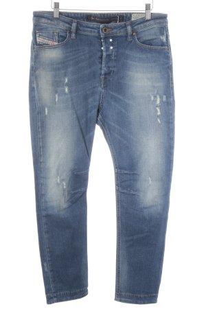 Diesel Boyfriendjeans blau-dunkelblau Street-Fashion-Look