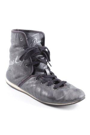 Diesel High Top Sneaker dunkelgrau Schriftzug gedruckt Casual-Look
