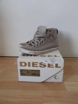 Diesel hohe Chucks, beige, Gr. 39