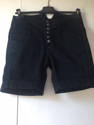 Diesel Hose kurz schwarz Gr 28