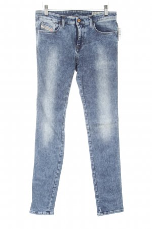 Diesel Industry Stretch Jeans kornblumenblau Street-Fashion-Look