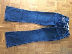 Diesel Jeans a zampa d'elefante blu scuro-blu