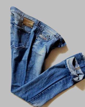 Diesel*Jeans*Dozzy*blau*W 27/32