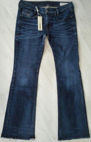 Diesel Jeans fast neu