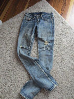 Diesel Jeans, Gr. 25, blau, gerader Schnitt