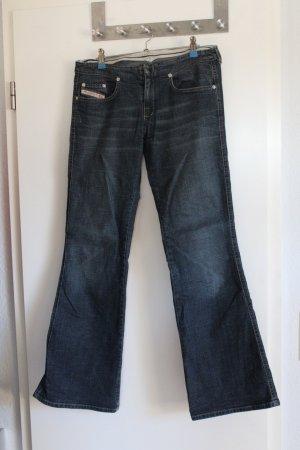 Diesel Jeans in dunkelblau